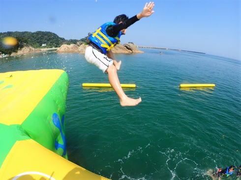 鳥取の海上遊園地・フロリック、美しい海岸に爽快アトラクション