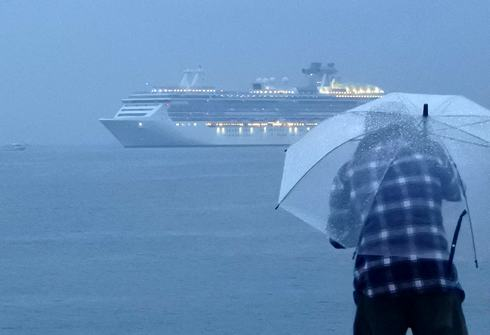 コーラルプリンセス、広島・五日市港に初寄港