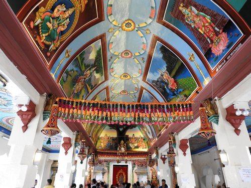 スリマリアマン寺院の天井