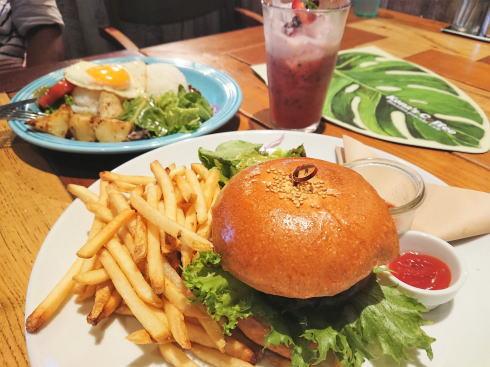 コナズ珈琲 ハンバーガー