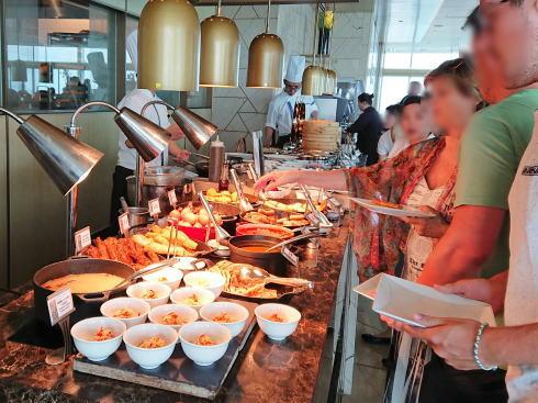 マリーナベイサンズ CLUB55 朝食の風景