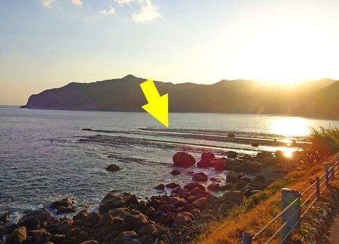 自然の不思議!鵜戸崎の「鵜戸千畳敷奇岩」がすごい