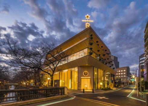 スタバ工場カフェ「スターバックスリザーブロースタリー東京」オープン、世界で5番目の巨大店舗