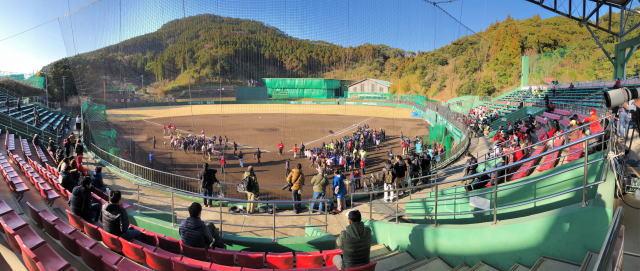 宮崎 天福球場 球場スタンドの様子