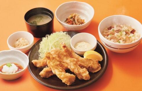ガスト サクサクとり天と松茸ごはん和膳