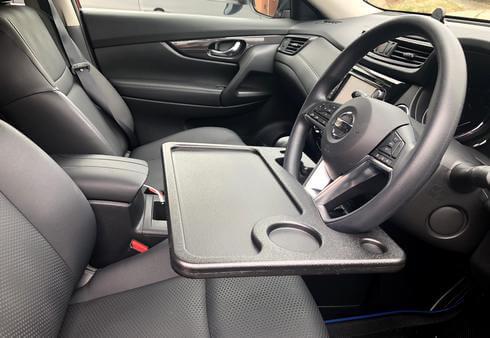 車用の机、ハンドルに簡単設置できる便利なテーブル