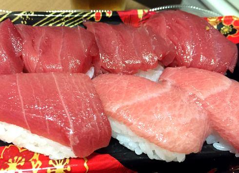 沖縄の本マグロの握り寿司、市場で安い!