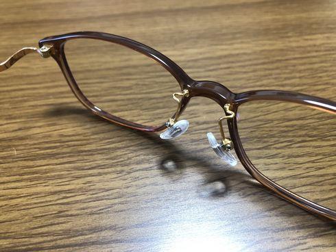 ジンズのPCメガネはカスタム出来る!まつ毛が当たるストレスを解消