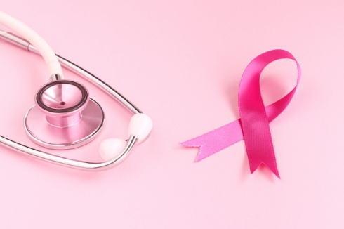 10月はピンクリボン月間、大人女子のたしなみ乳がん検診