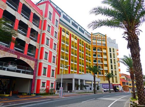 レクー沖縄北谷スパ&リゾート、天然温泉やインフィニティプール付きホテル