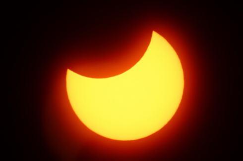 部分日食2020年6月21日、逃せば2030年までおあずけ
