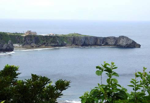 辺戸岬は、太平洋と東シナ海に面する岬