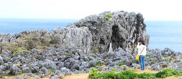 沖縄最北端・辺戸岬の風景