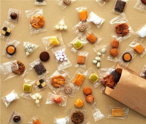 無印良品、お菓子の量り売りスタート!28種のお菓子どれでも「1グラム4円」で