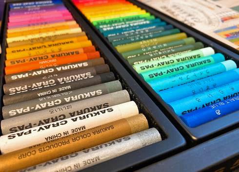 クレパス太巻50色セット アニバーサリー、珍しい色もたくさん!
