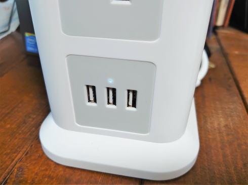 電源タップにUSBポート、これは便利