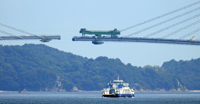 愛媛・岩城橋が完成間近